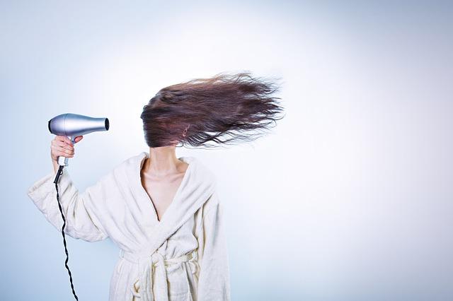 vysoušení vlasů